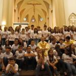 Crianças receberam a 1ª Eucaristia no Domingo