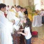 1ª Eucaristia: 68 crianças receberam o Sacramento do Corpo e Sangue de Cristo