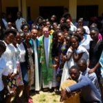 Missão: Pe. Emerson encerra visita na Angola e parte para Moçambique