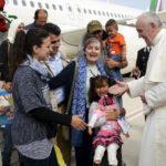 Papa encoraja cultura de acolhimento a migrantes