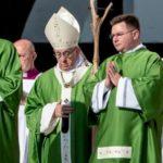 Papa se emociona ao falar dos bispos chineses que participarão do Sínodo