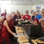Voluntários da Festa de Sant'Ana falam do amor em trabalhar para a comunidade