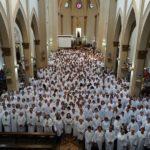 Em Missa presidida na Catedral Metropolitana Dom Maurício investiu mais de 600 MECEs