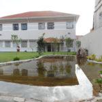 Jardim do Centro de Convivência: espaço para lazer e partilhas