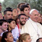 Papa: jovens sejam portadores convictos da alegria do Evangelho