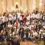 Crisma: Dom Maurício administrou o sacramento à 57 jovens de nossa comunidade; Inscrições abertas para novas turmas