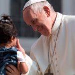 Papa Francisco: Por trás da violência e do ódio há pessoas infelizes
