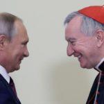 Cardeal Parolin com Putin: clima positivo de escuta e respeito recíproco