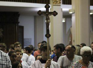 Catedral inicia a Quaresma celebrando a Quarta-feira de Cinzas