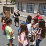 Coroinhas convidam crianças da Catequese para conhecer sua Pastoral
