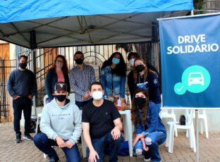 Jovens das paróquias Catedral Sant'Ana e Menino Deus e Santo Antônio realizaram um Drive Solidário