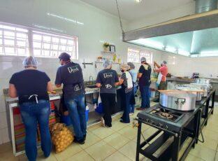Pastoral Social de nossa Catedral produziu 120 marmitex